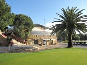clubhaus palme golfclub putting gruen