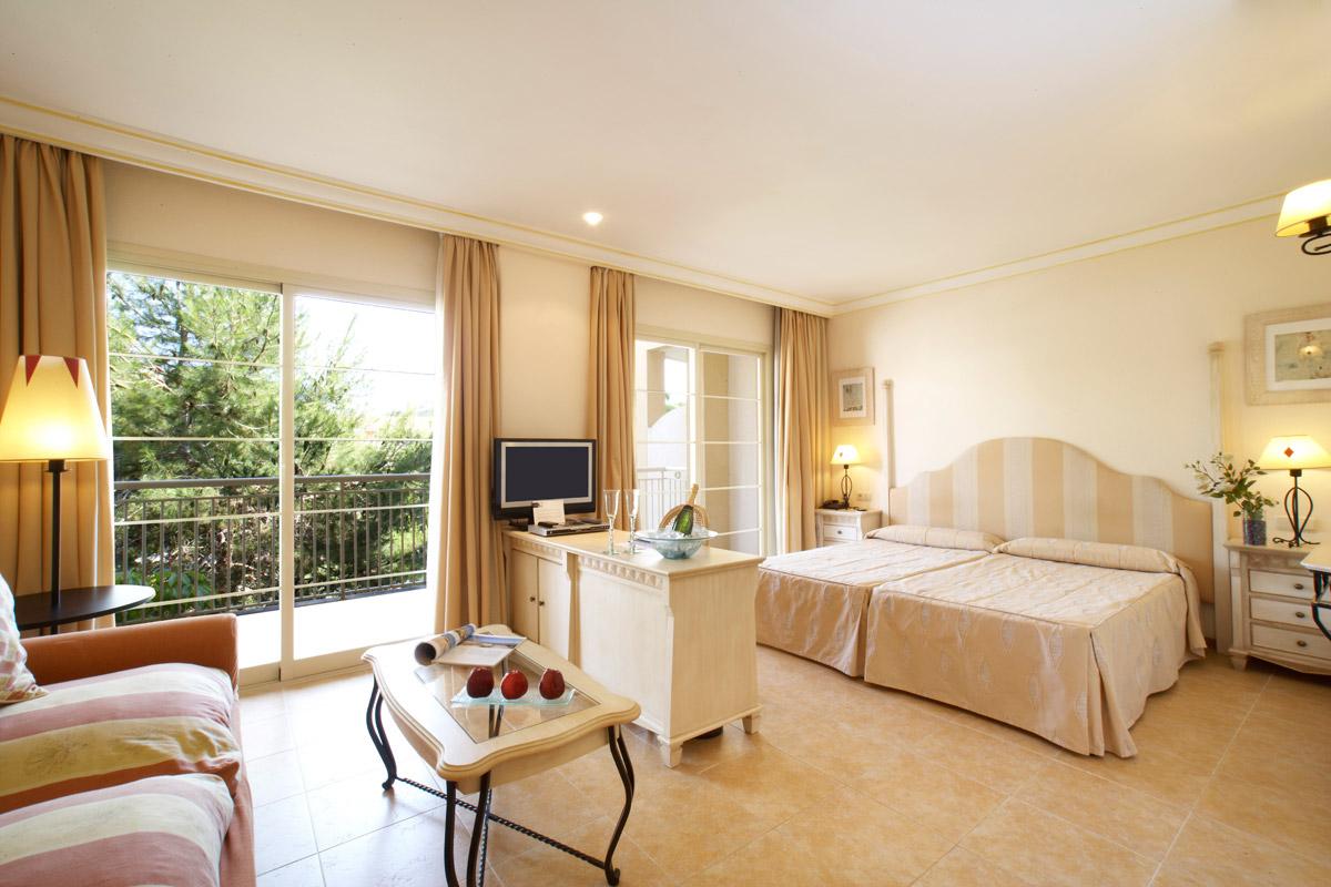 willkommen in der schweizer golfschule auf mallorca vanity hotel suite spa 4 willkommen. Black Bedroom Furniture Sets. Home Design Ideas