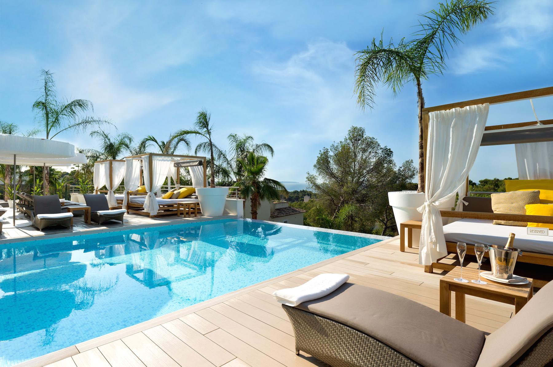 willkommen in der schweizer golfschule auf mallorca portals hills boutique hotel 5. Black Bedroom Furniture Sets. Home Design Ideas