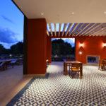 Das Hedonist Restaurant ist wunderbar gelegen, mit Blick auf den Pool isst es sich hier wunderbar gesund.