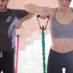 (Deutsch) Ihre Fitness-Instruktoren führen Sie durch das Programm und helfen Ihnen, einen besseren Überblick über die Fitnesskultur zu bekommen. Sie sollen Lust auf mehr bekommen.